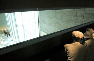 祈りと水の世界へ  =国立長崎原爆死没者追悼平和祈念館= 6(完)
