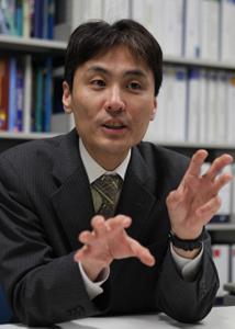 東日本大震災から1年 低線量被ばく 長崎大と福島 2