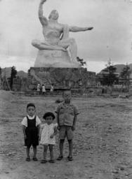 被爆70年へ 長崎の記憶 写真が語る戦前~戦後 第4部「レンズ越しの復興」 中