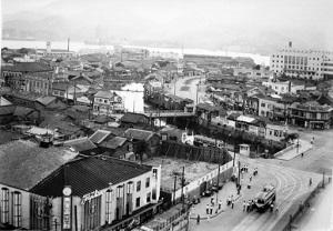 被爆70年 長崎の記憶 写真が語る戦前~戦後 第6部「新たな街並み」 下