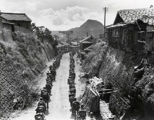 戦後70年ながさき 基地とサセボ 1