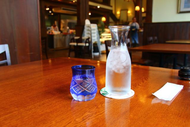 西海キッチンtsumoto(ツモト)のお水