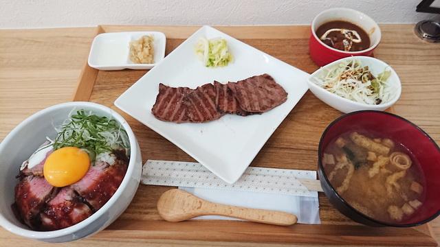 牛たん専門店 大阪屋 住吉店 牛たん三昧定食